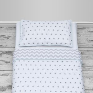 Grey stars & chevron design with mint piping